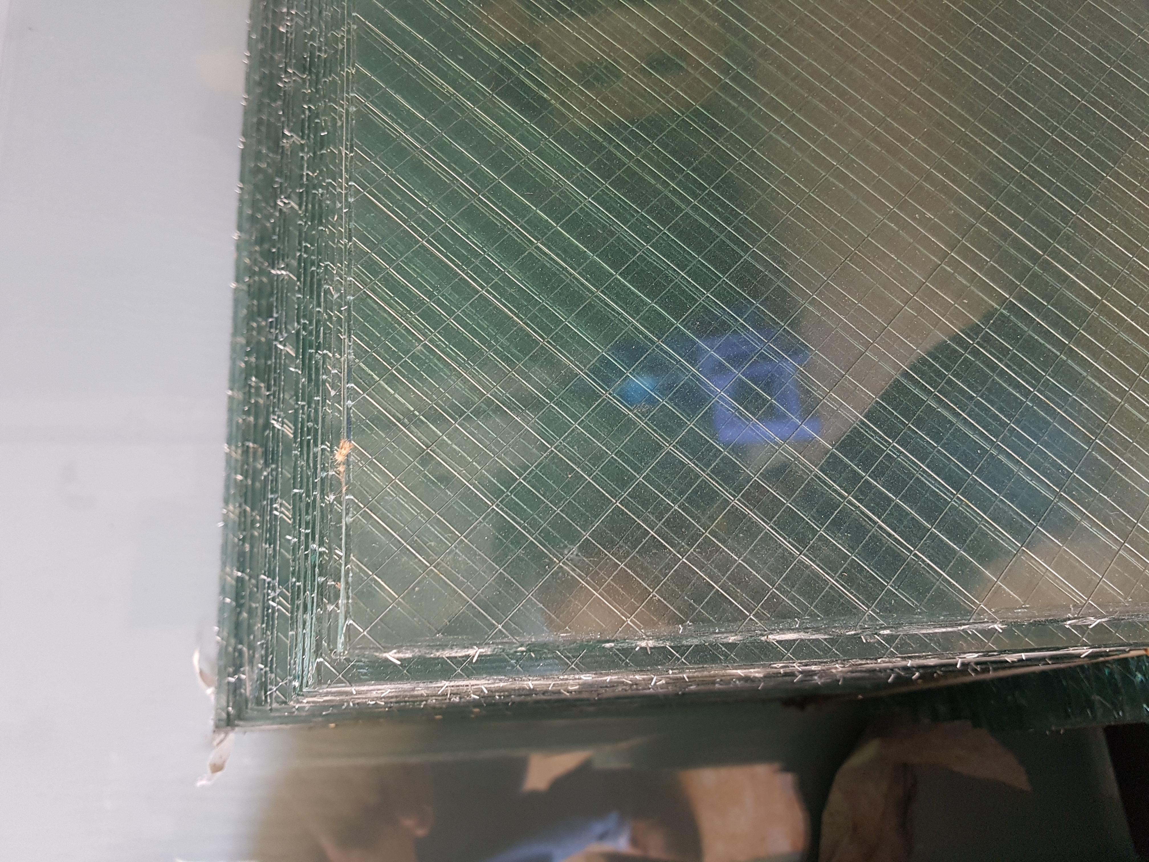 kính chống cháy 1