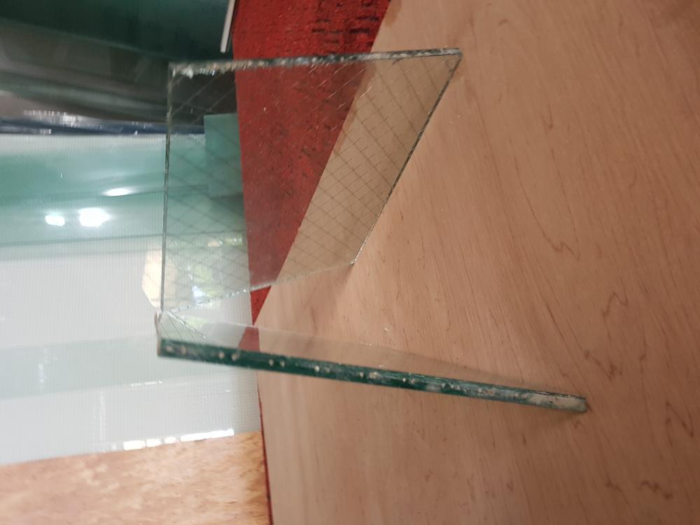 kính chống cháy nhật bản 1